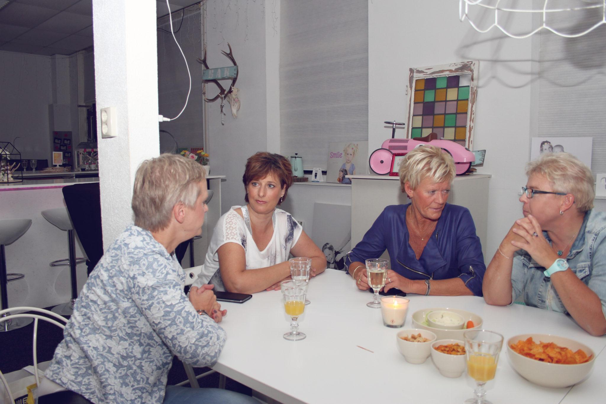 Evenementenfotografie - Evenement - Fotograaf - Suus' FotoSjop - Oldenzaal - Enschede - Hengelo - De Lutte - Losser - Denekamp - Handlettering - Workshop - Visagie - Fardau - Glamourshoot